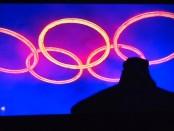 anneaux olympiques la nuit